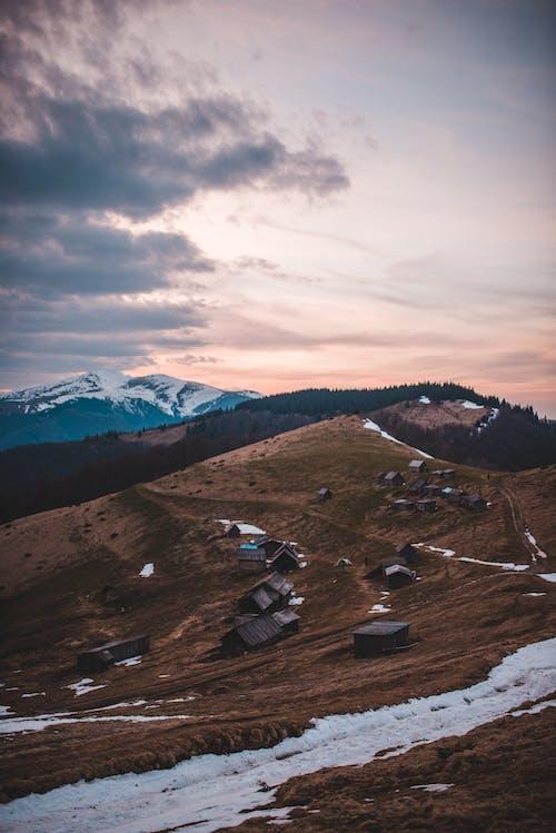 Fotobanka sbezplatnými fotkami na tému cestovať, denné svetlo, exteriéry, hory