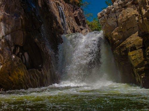 Foto d'estoc gratuïta de #naturalesa, #water, aigua freda, barca