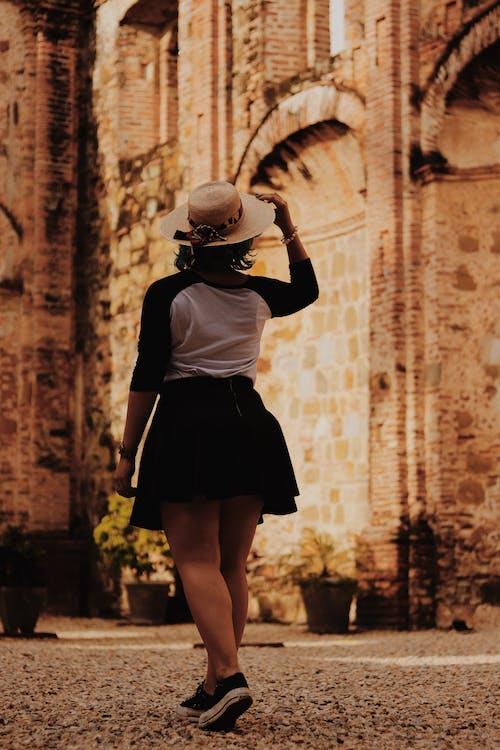 คลังภาพถ่ายฟรี ของ คน, ถนน, ผู้หญิง, สวมใส่