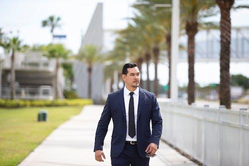 Gratis lagerfoto af direktør, forretningsmand, gary vela, jakkesæt