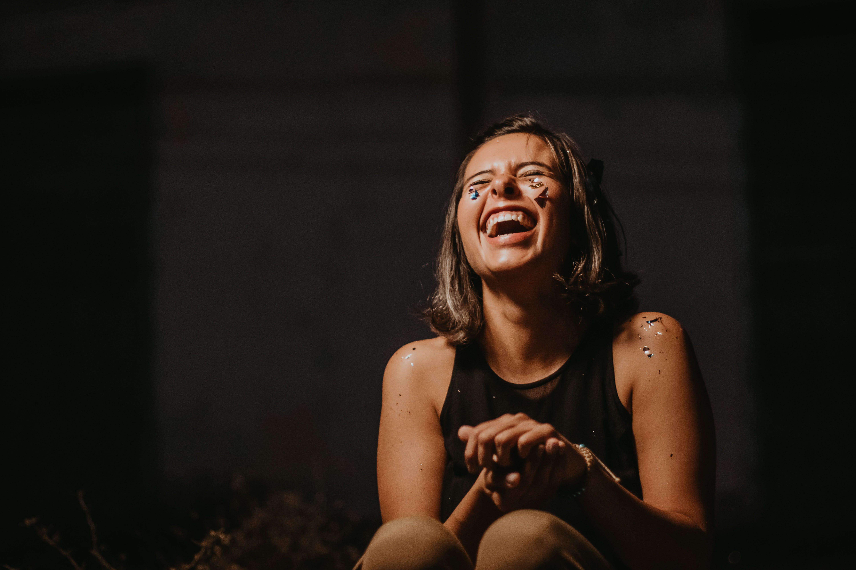 Foto profissional grátis de adulto, alegre, alegre. feliz, alegria
