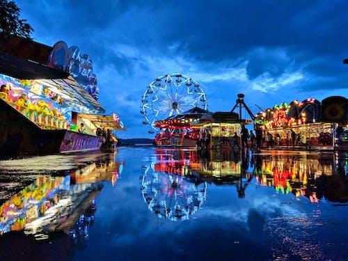 Foto d'estoc gratuïta de a l'aire lliure, aigua, blau, carnaval