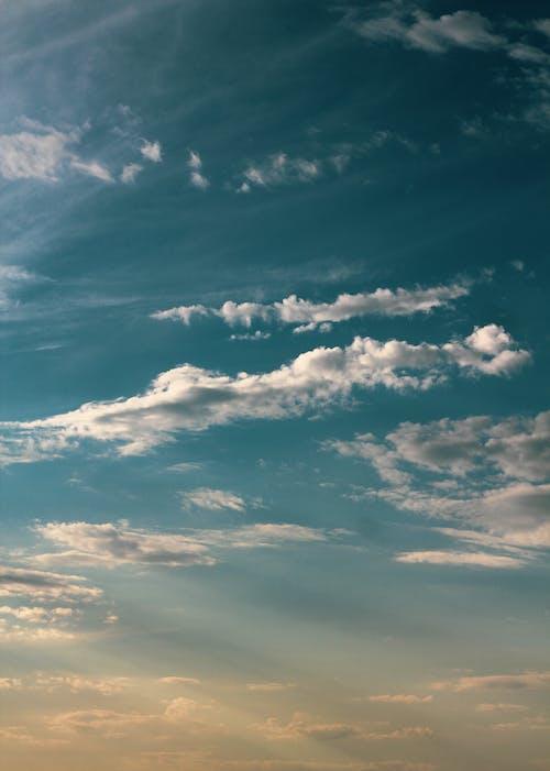 Ingyenes stockfotó a felhők felett, ég, fehér felhők, felhők témában