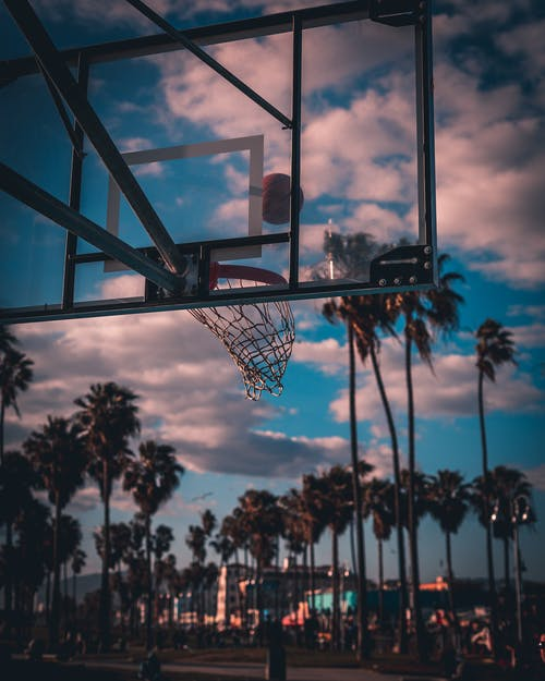 açık hava, ateş etmek, Basket potası, Basketbol içeren Ücretsiz stok fotoğraf