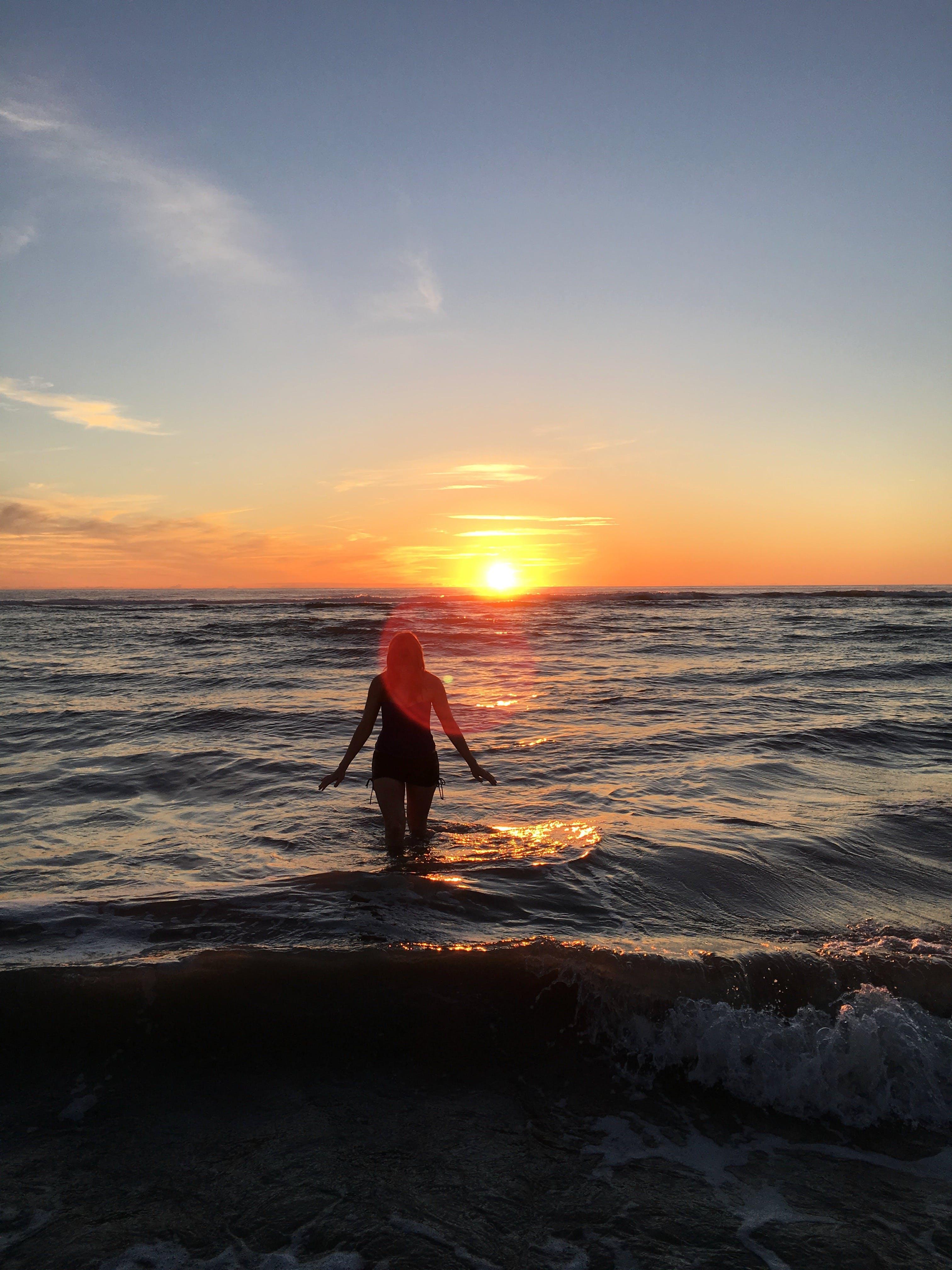 Kostenloses Stock Foto zu atlantischer ozean, dämmerung, frankreich, hinterleuchtet