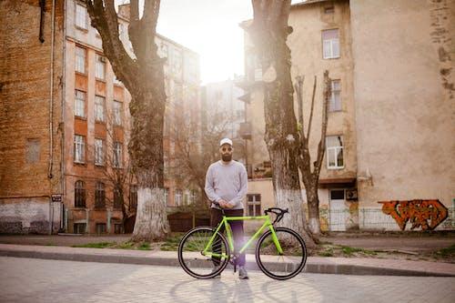교통체계, 남자, 도로, 사이클 선수의 무료 스톡 사진