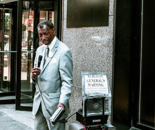 Základová fotografie zdarma na téma černoch, móda, muž, na výšku