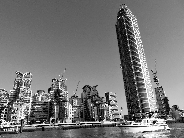 강, 강가, 건물, 건축의 무료 스톡 사진