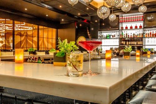 Gratis lagerfoto af bar, boston, cocktails, drikkevarer