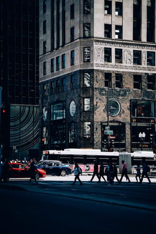 Foto d'estoc gratuïta de a l'aire lliure, arquitectura, carrer, carretera