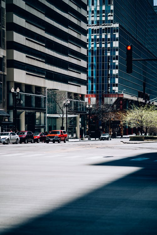 Foto d'estoc gratuïta de a l'aire lliure, arquitectura, aturar, carrer