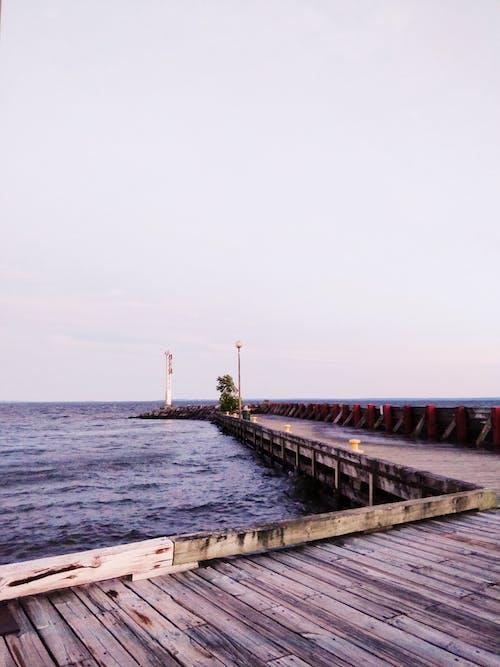Δωρεάν στοκ φωτογραφιών με θάλασσα, λιμάνι, νερό, ξύλινη αποβάθρα