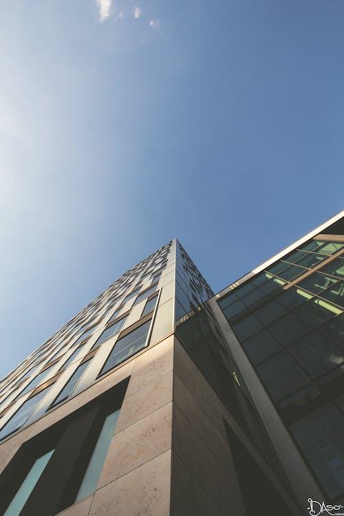 Ingyenes stockfotó ablakok, alulnézet, berlin, építészet témában