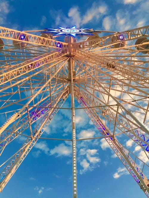 Fotos de stock gratuitas de azul, cielo azul, divertido, estrella