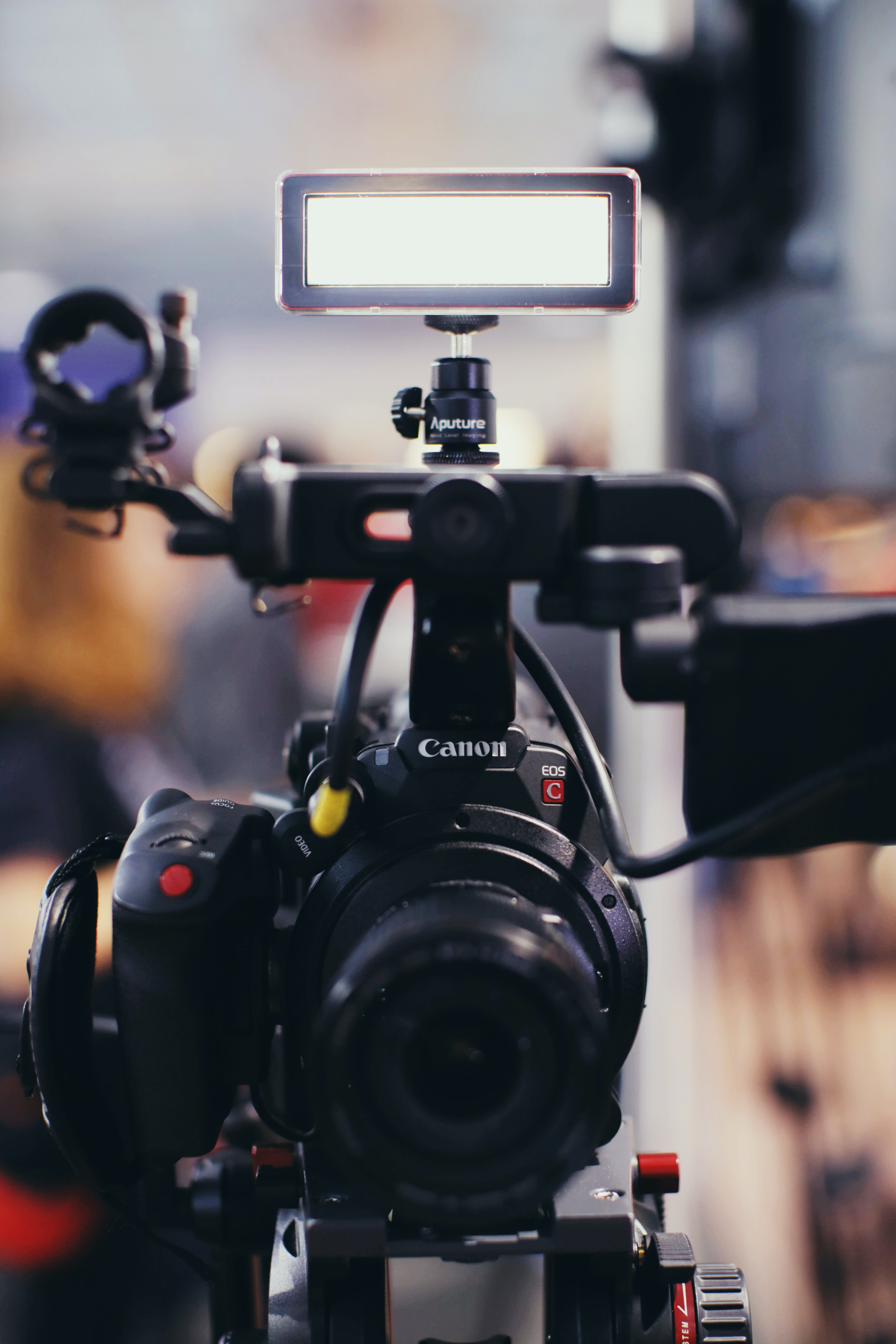 Kostenloses Stock Foto zu action, ausrüstung, blitz, camcorder
