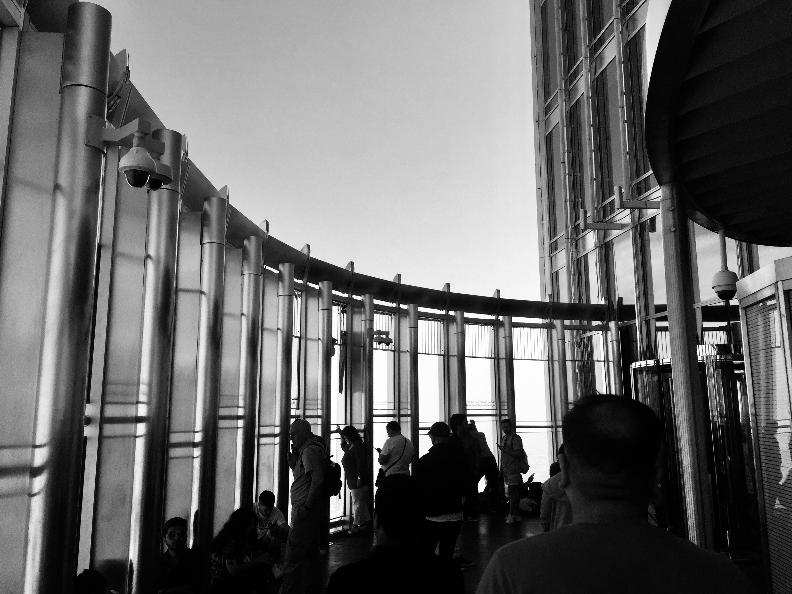 Gratis stockfoto met architectuur, bij elkaar voegen, binnen, eenkleurig