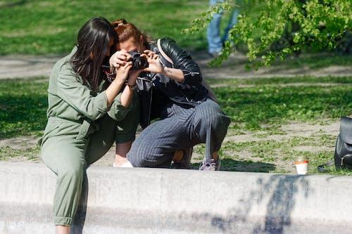 Imagine de stoc gratuită din agrement, aparat de fotografiat, aparat foto digital, așezat