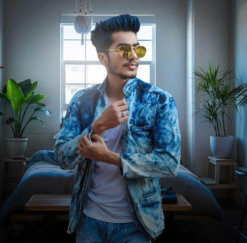 ceket, denim, erkek giyim, erkek manken içeren Ücretsiz stok fotoğraf