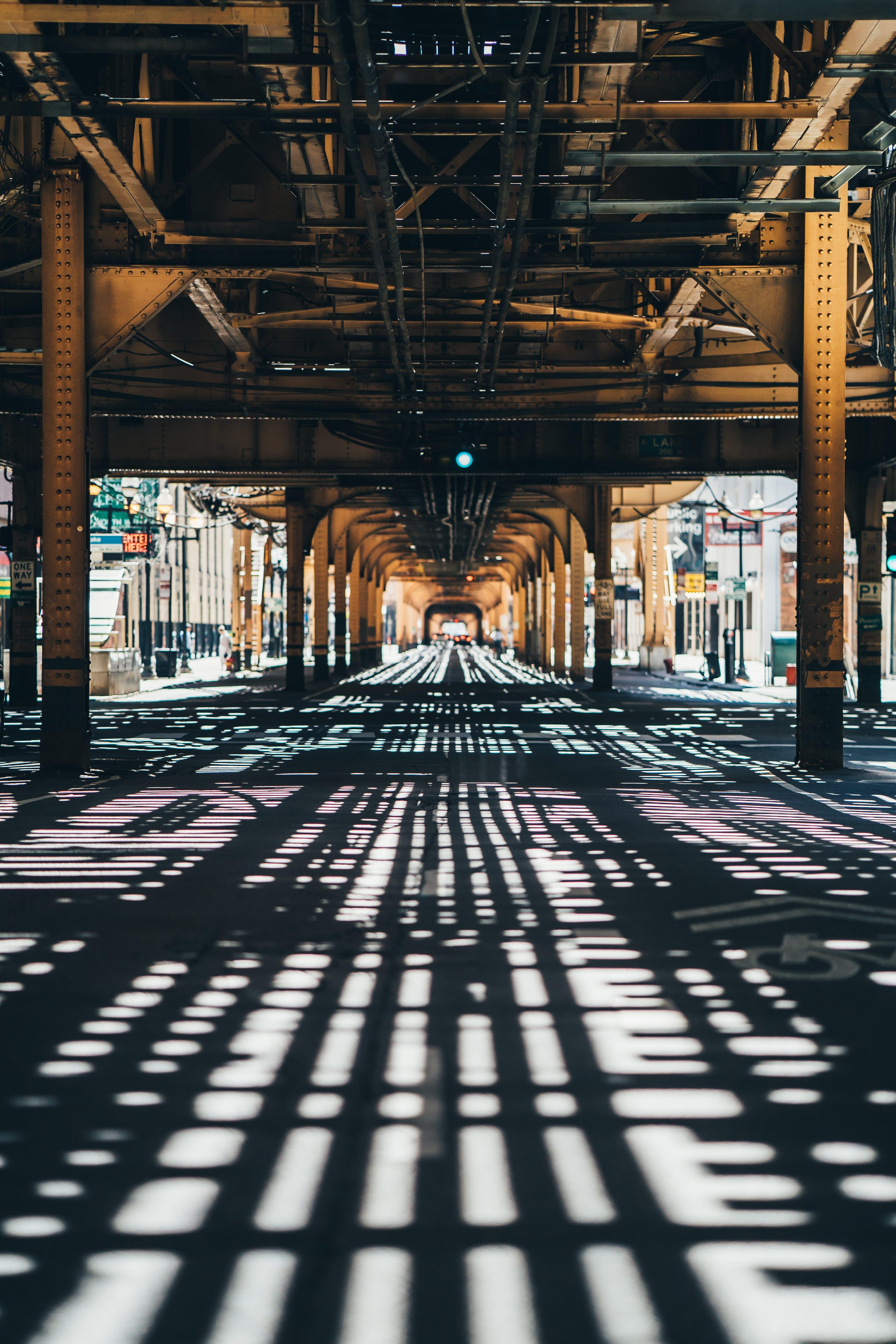 シェード, シティ, ブリッジ, ローアングルショットの無料の写真素材