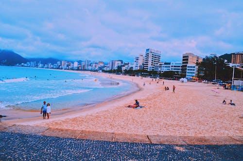 Foto d'estoc gratuïta de a la vora de l'oceà, acomiadar-se, brasil, copacabana