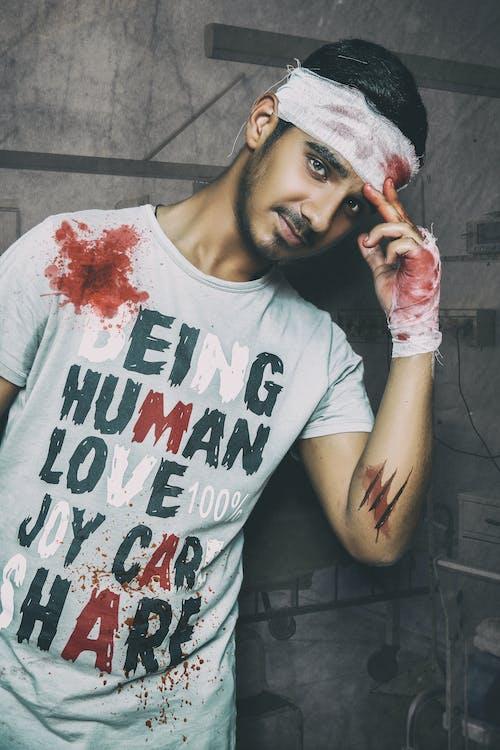 Foto profissional grátis de homem, horror
