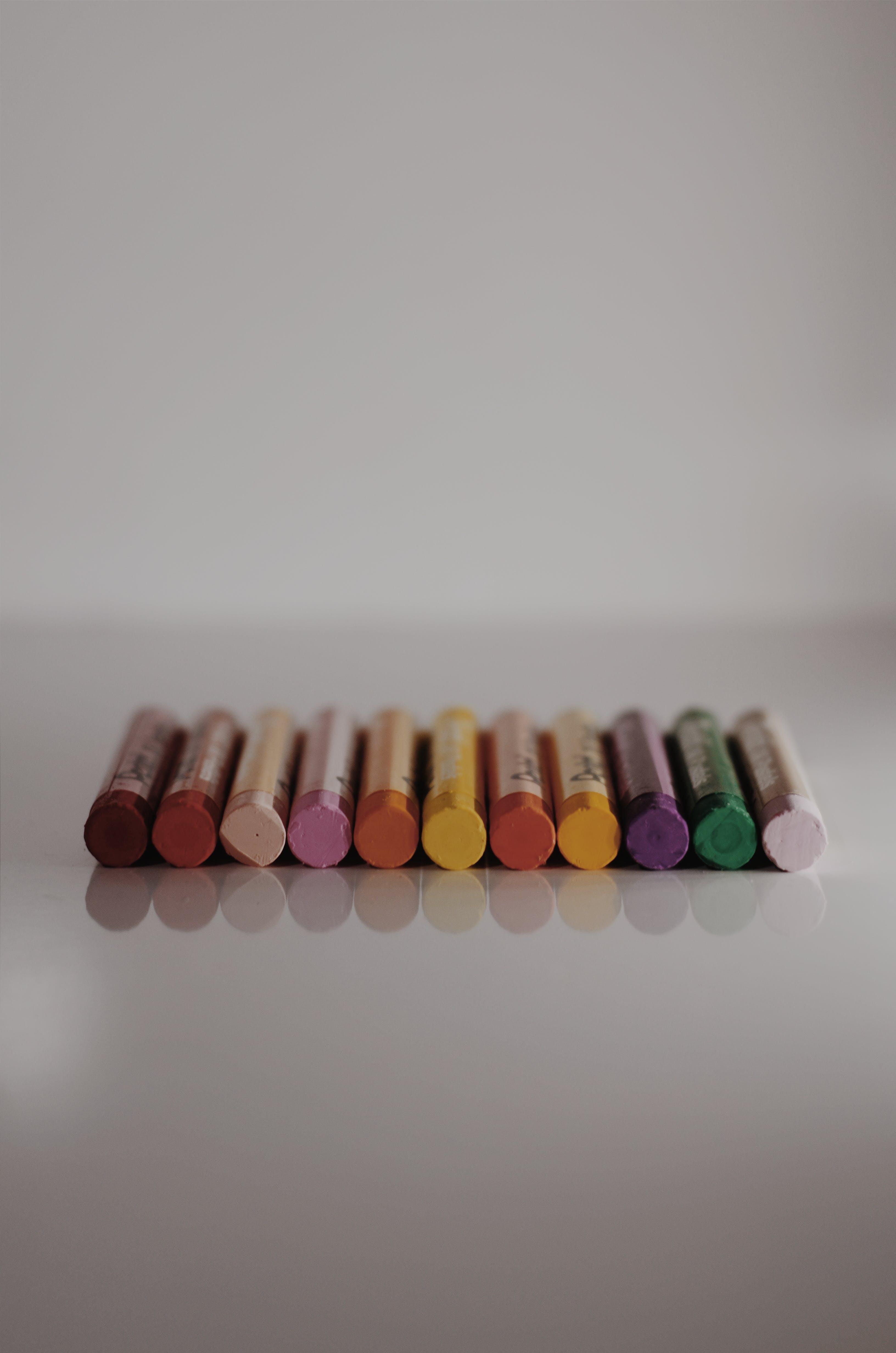 Kostenloses Stock Foto zu bunt, farben, tiefenschärfe, wachsmalstifte