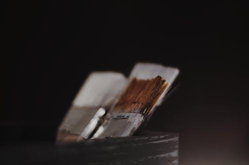 Безкоштовне стокове фото на тему «глибина різкості, пензлі, пензлі для фарби»
