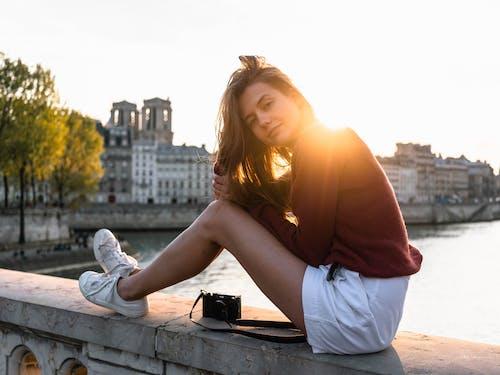 Foto d'estoc gratuïta de a l'aire lliure, bellesa, bonic, buscant