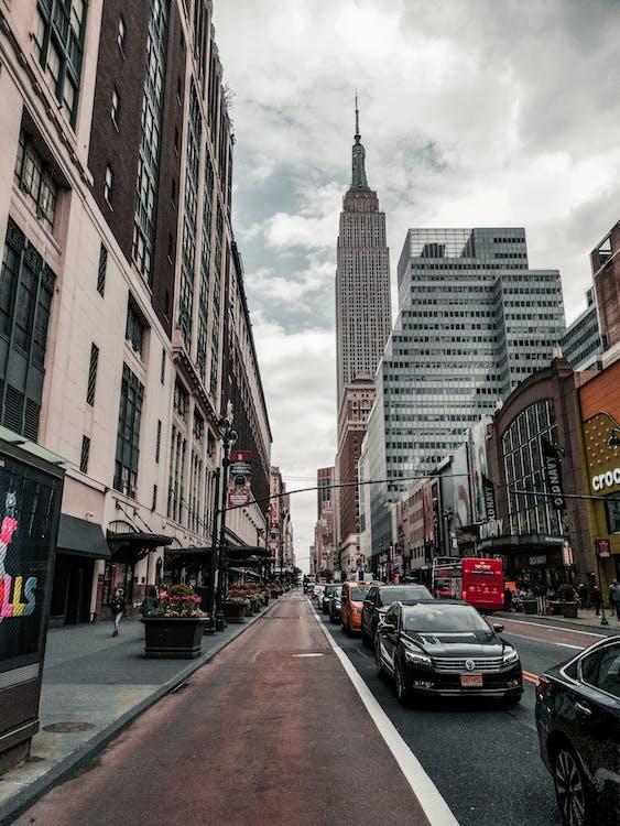 автомобили, архитектура, бизнес