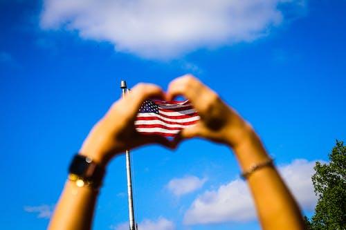 Immagine gratuita di all'aperto, america, Bandiera americana, cielo azzurro