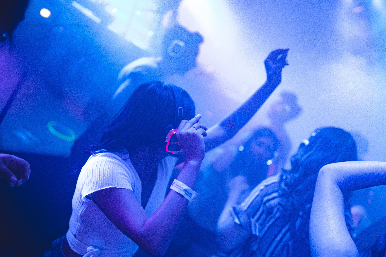 Δωρεάν στοκ φωτογραφιών με dj, γιορτή, καπνίζω, κλαμπ