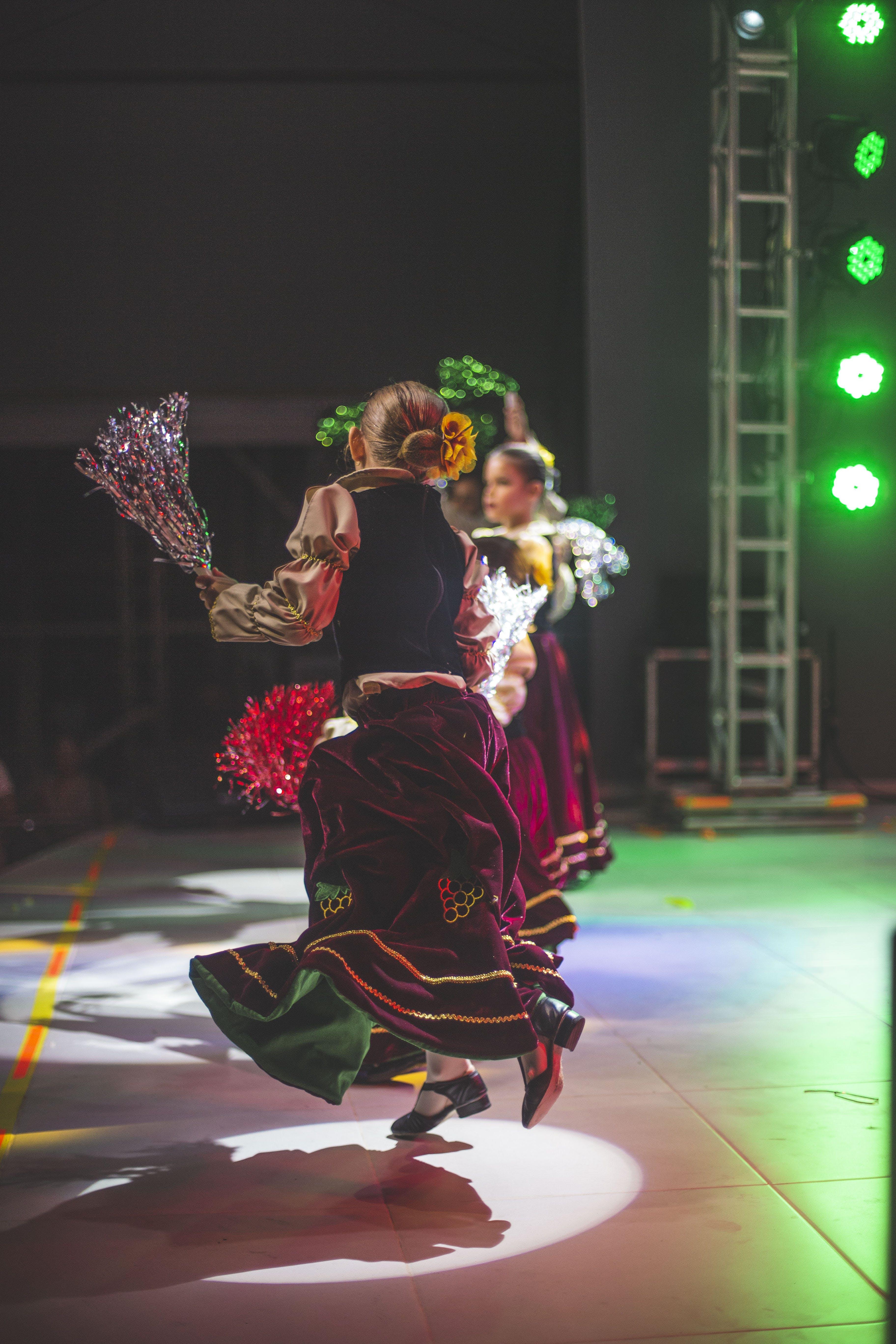Foto stok gratis bergerak, dance, festival, istri