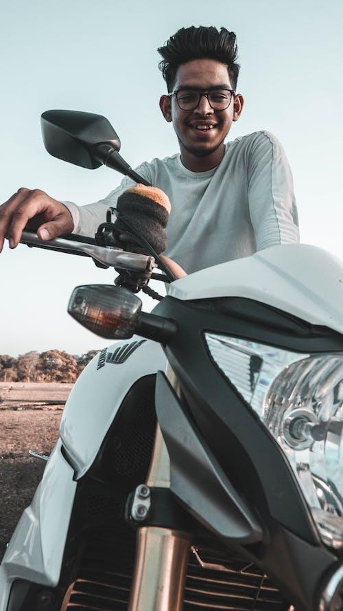 Gratis lagerfoto af 1000cc, brembo, cykel, håndflade