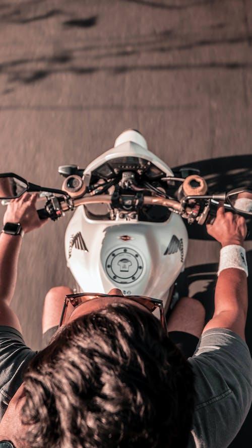 Gratis lagerfoto af 1000cc, brembo, cykel, fugleperspektiv