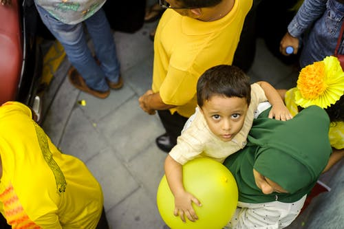 Boy Wearing Yellow Crew Neck T-shirt