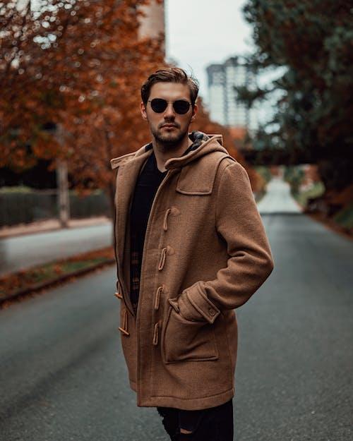 Ảnh lưu trữ miễn phí về áo khoác ngoài, giản dị, hợp thời trang, kính mắt