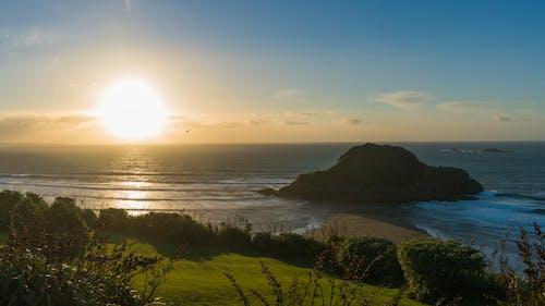 Foto stok gratis biru, garis pantai, kuning, laut