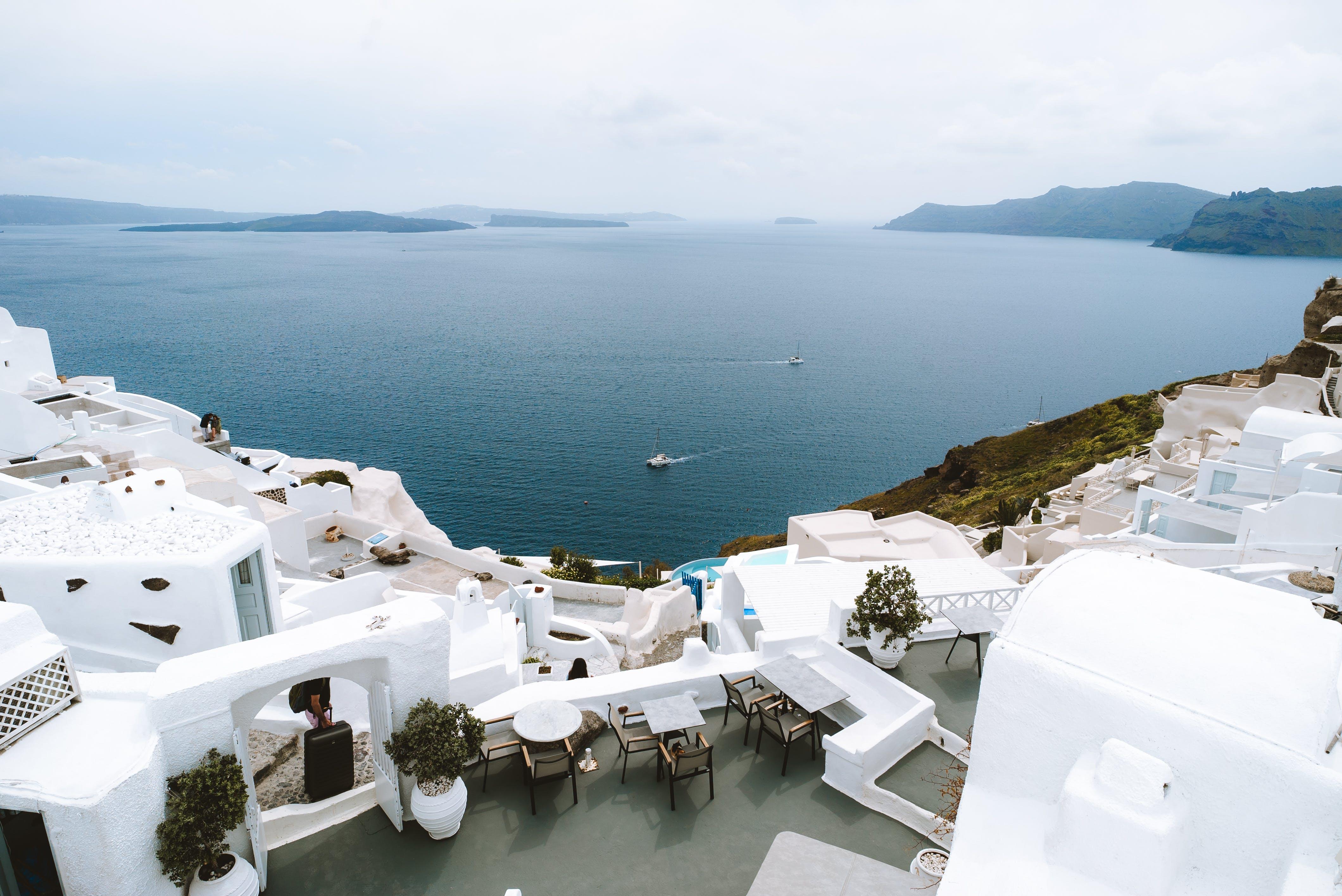 Immagine gratuita di acqua, architettura, azzurro, bagnasciuga