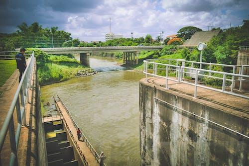 baraj, köprü, Su içeren Ücretsiz stok fotoğraf