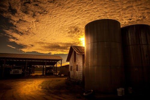 barn near grain storage