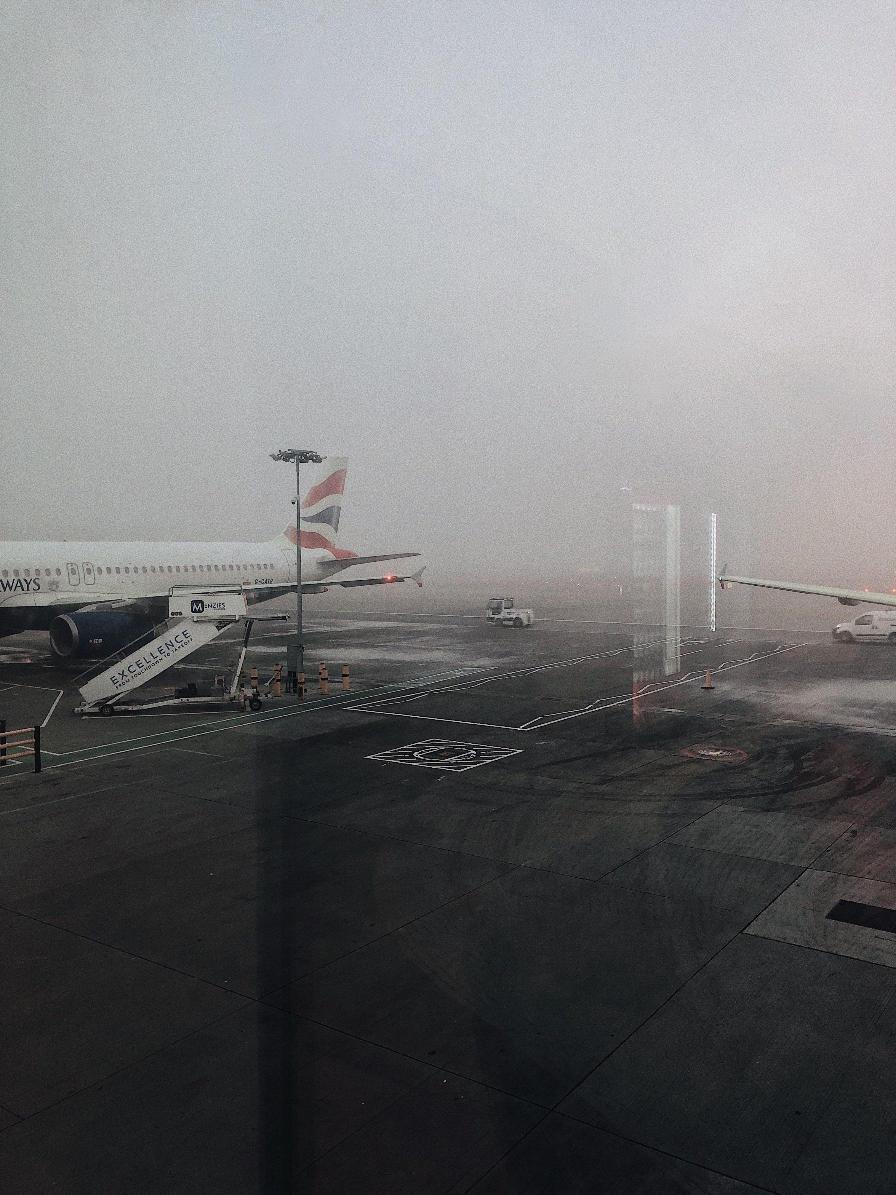 Darmowe zdjęcie z galerii z biznes, burza, deszcz, lot