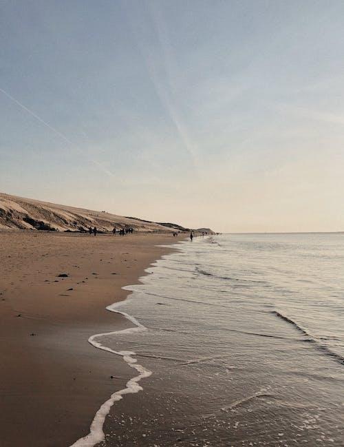 Foto profissional grátis de água, águas calmas, areia, beira-mar