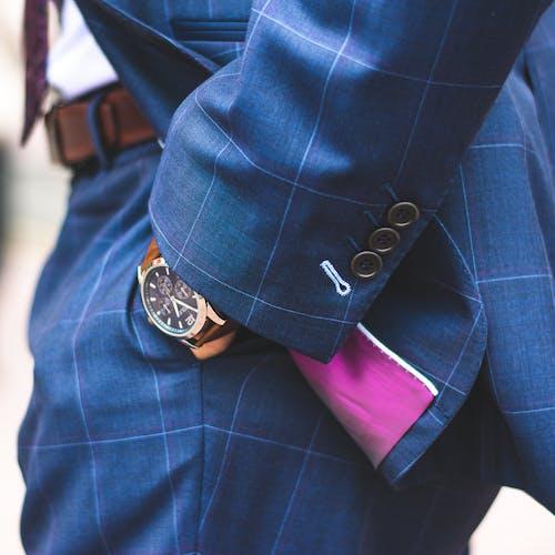 Kostnadsfri bild av affärsman, byxor, designerkostym, ficka