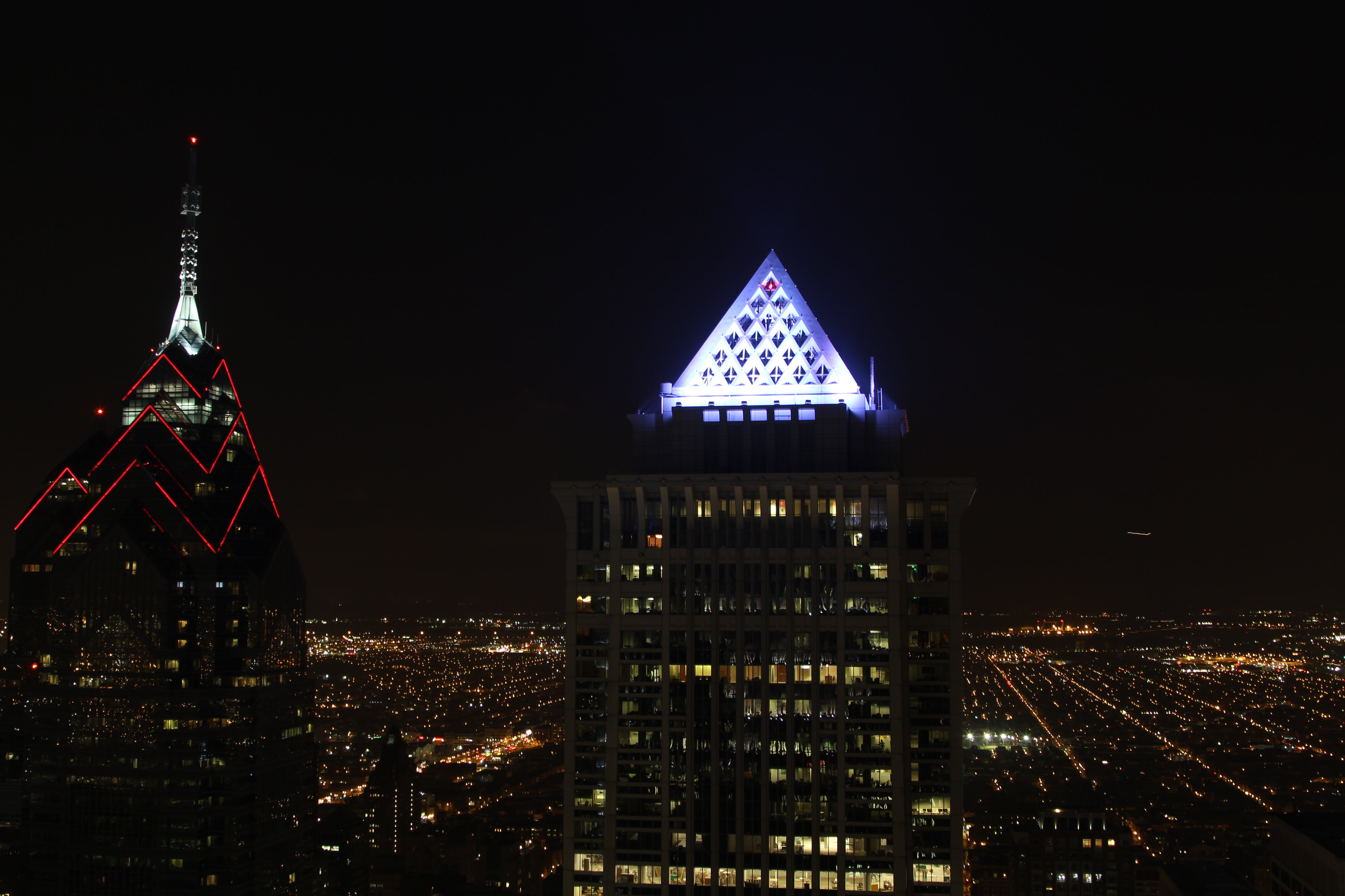 Free stock photo of building, evening, lights, night