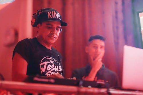 DJ, 남자, 사람의 무료 스톡 사진