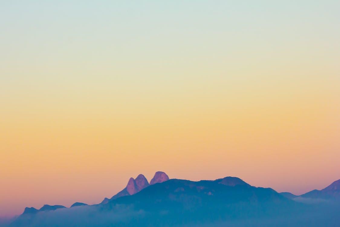 βουνό, έμβλημα, κορυφή