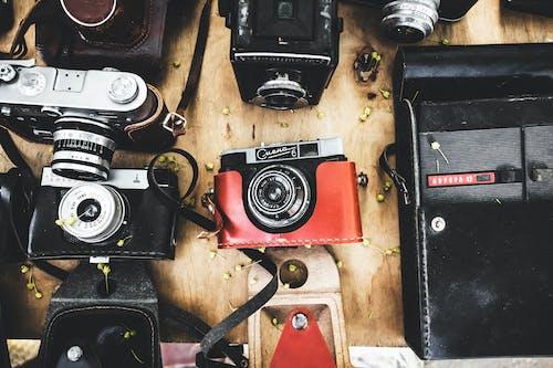 Základová fotografie zdarma na téma analogový fotoaparát, fotoaparát, fotografie, kamery sssr