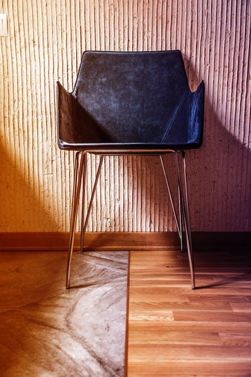 Gratis lagerfoto af 50/50, sol, stol