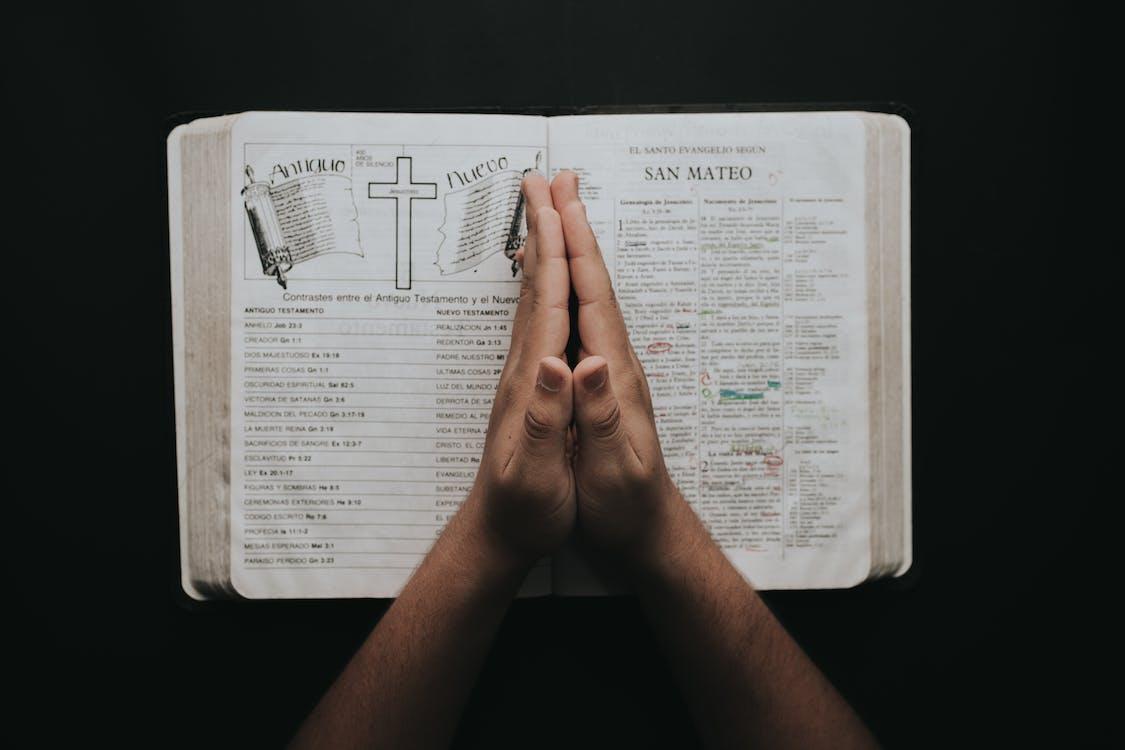 be, bibel, bok
