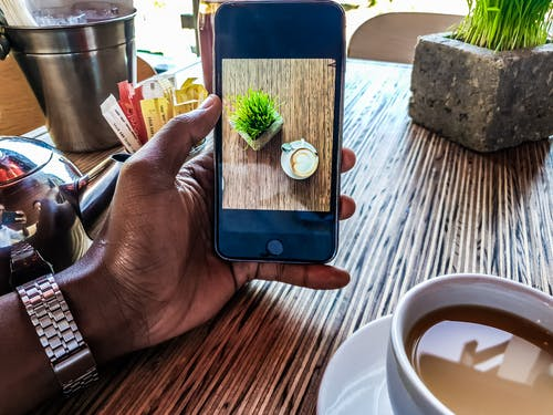 Fotobanka sbezplatnými fotkami na tému čaj, cappuccino, fotografia, iPhone